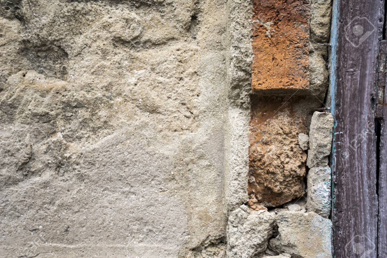 Vieux Mur De Béton Endommagé Avec Relief De Peinture Fissurée Texture D Arrière Plan