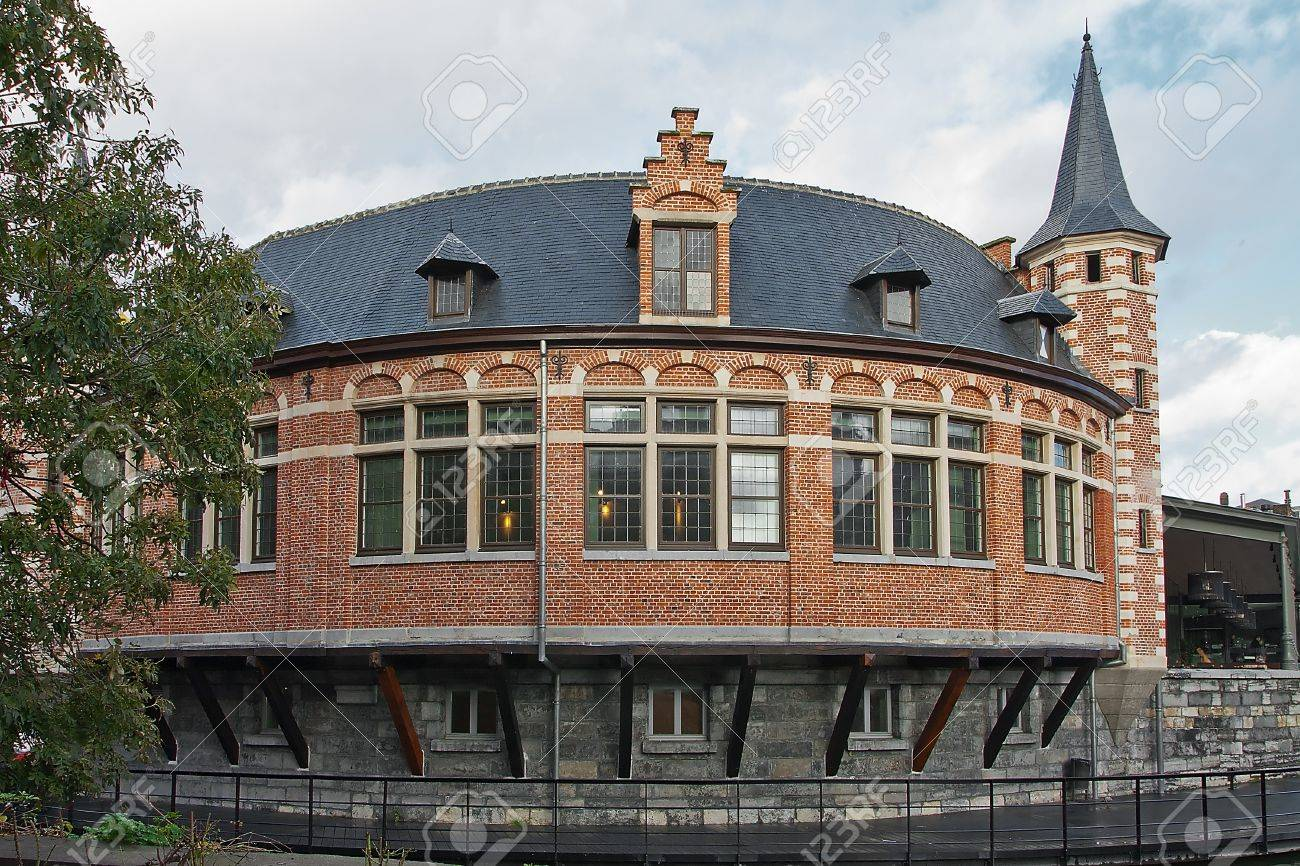Old fish market in Gent Stock Photo - 16266098