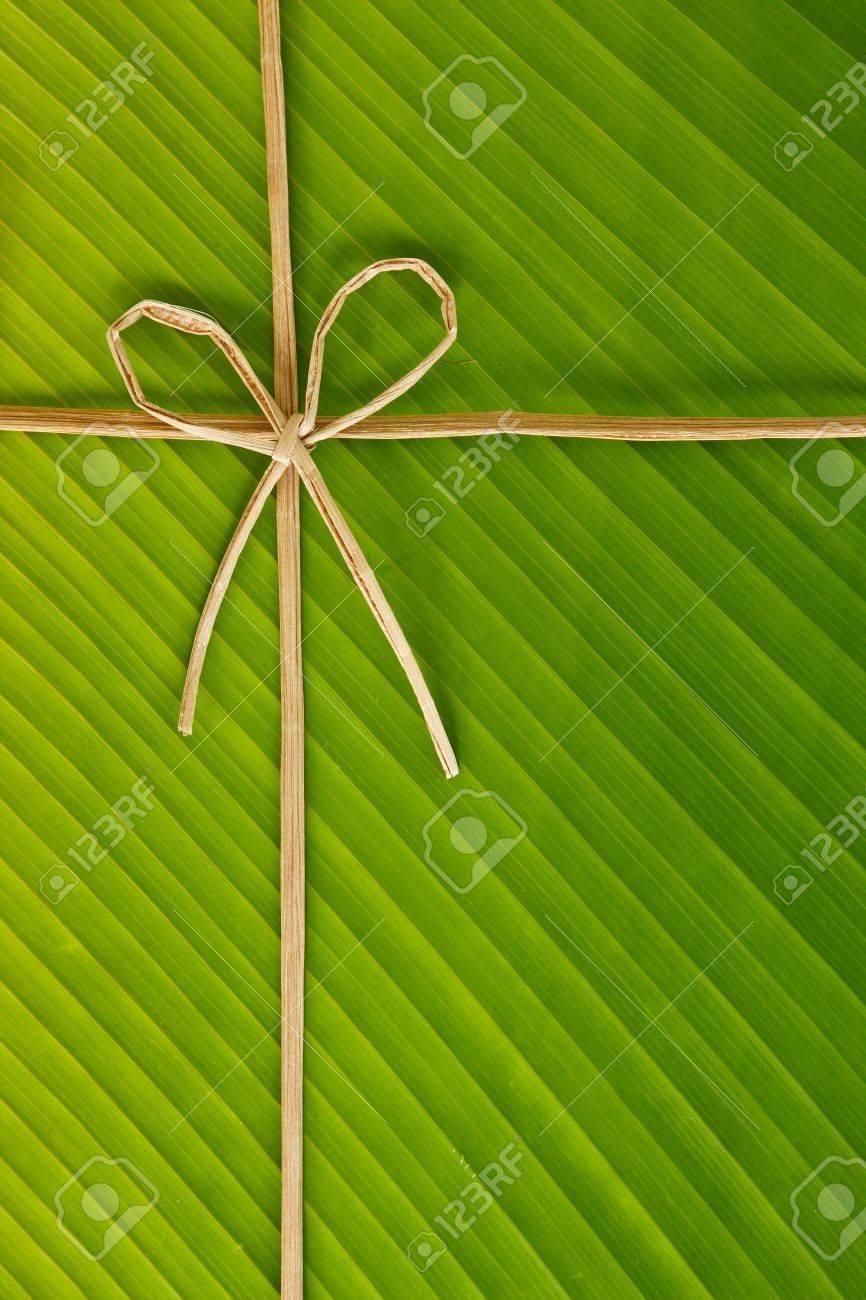 Cinta Y Cuerda Hecha De Corteza De Plátano En Hoja De Plátano, El ...