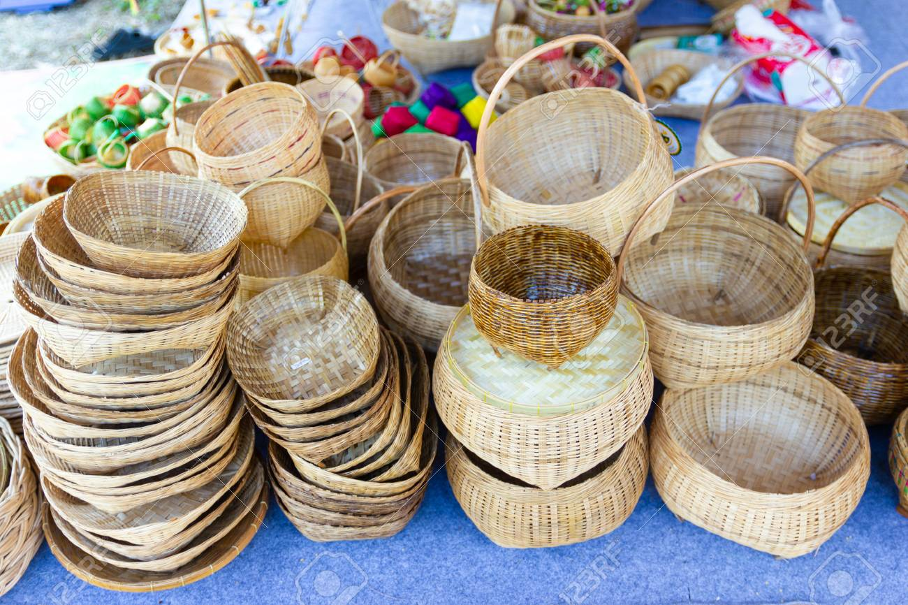 Community Products Weaving A Wicker Basket Basketry Fruit Basket Stock Photo Picture And Royalty Free Image Image 118113444