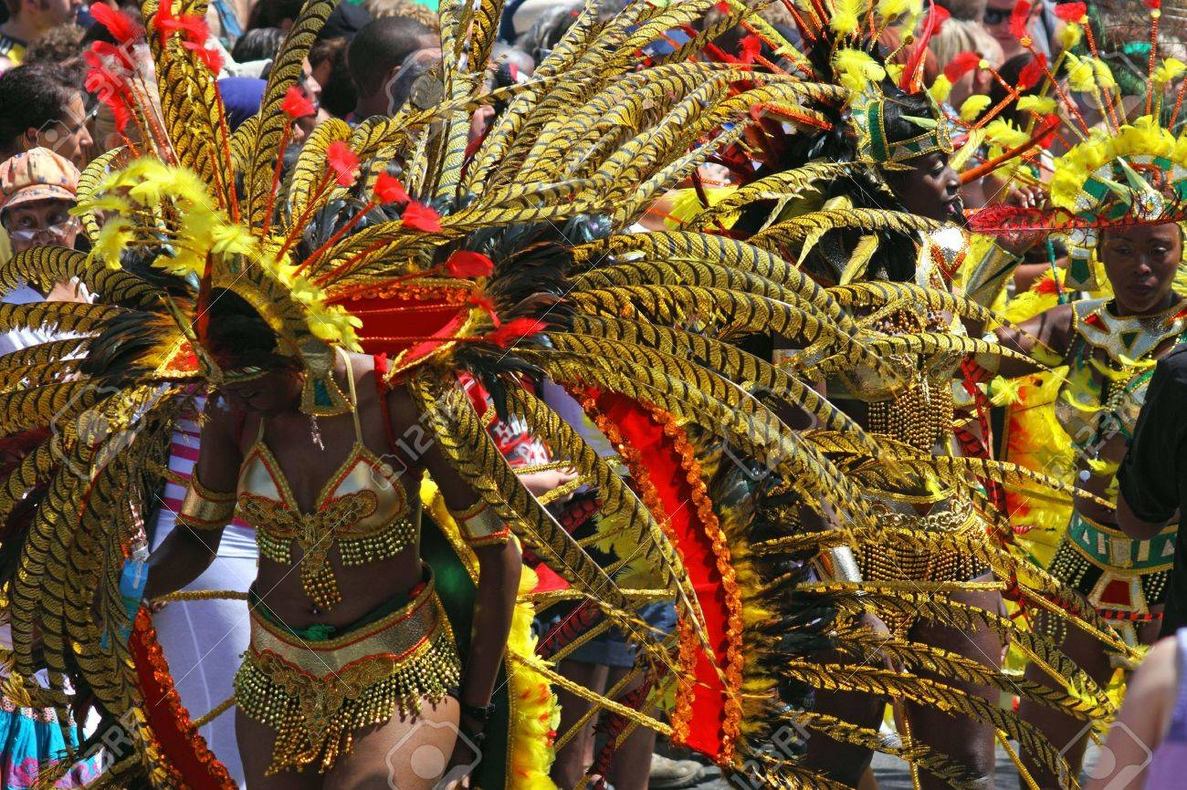 """Bristol, England - July 3, 2010 - Participant and crowd at the annual St Pauls """"Afrikan-Caribbean"""" carnival. A record 70,000 people attended the 42nd running of the community event Stock Photo - 8226109"""