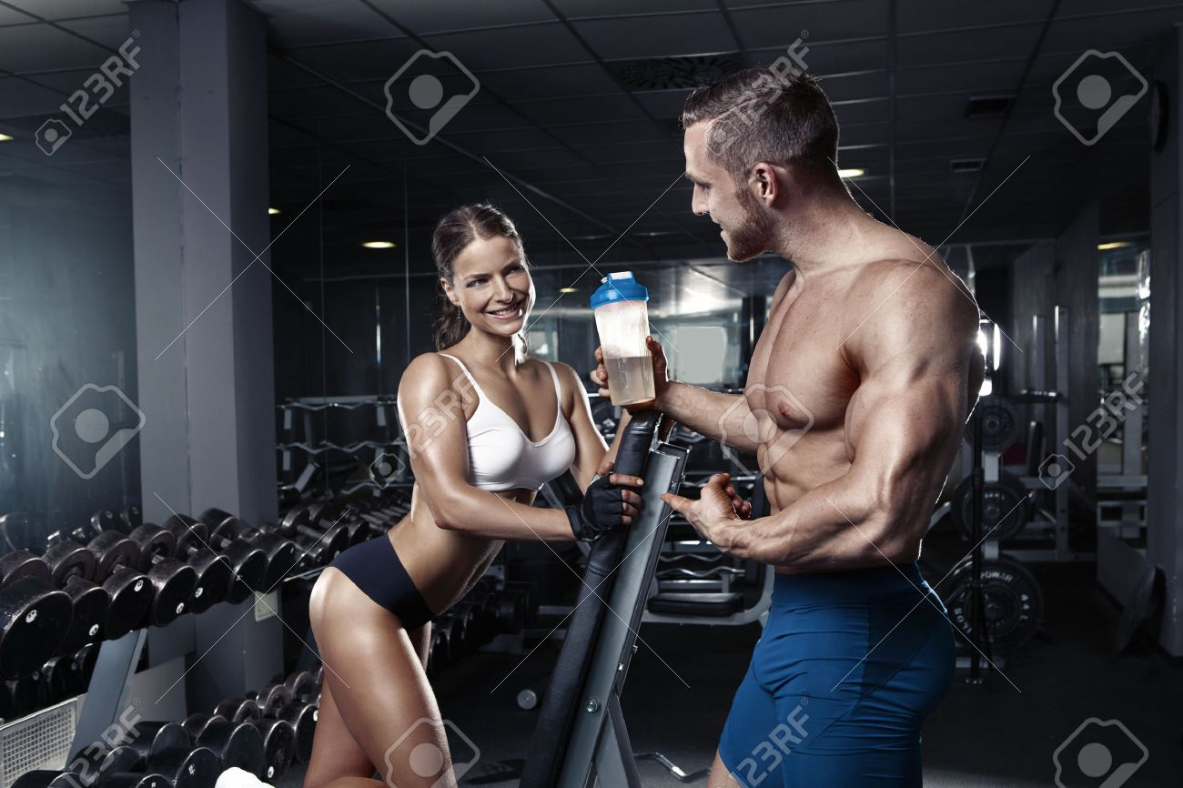 court-defend-sexy-muscle-couples-photo-gallery