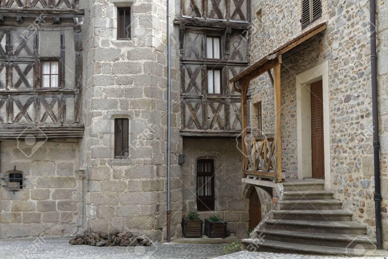 risalente edifici medievali