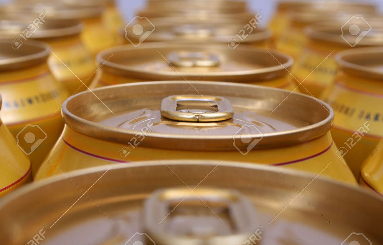 Tin Cans Stock Photo - 421147