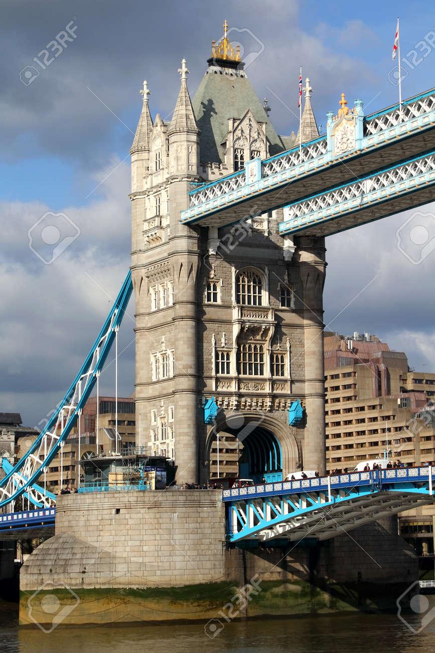 Evening view of Tower Bridge, London, UK - 15838999