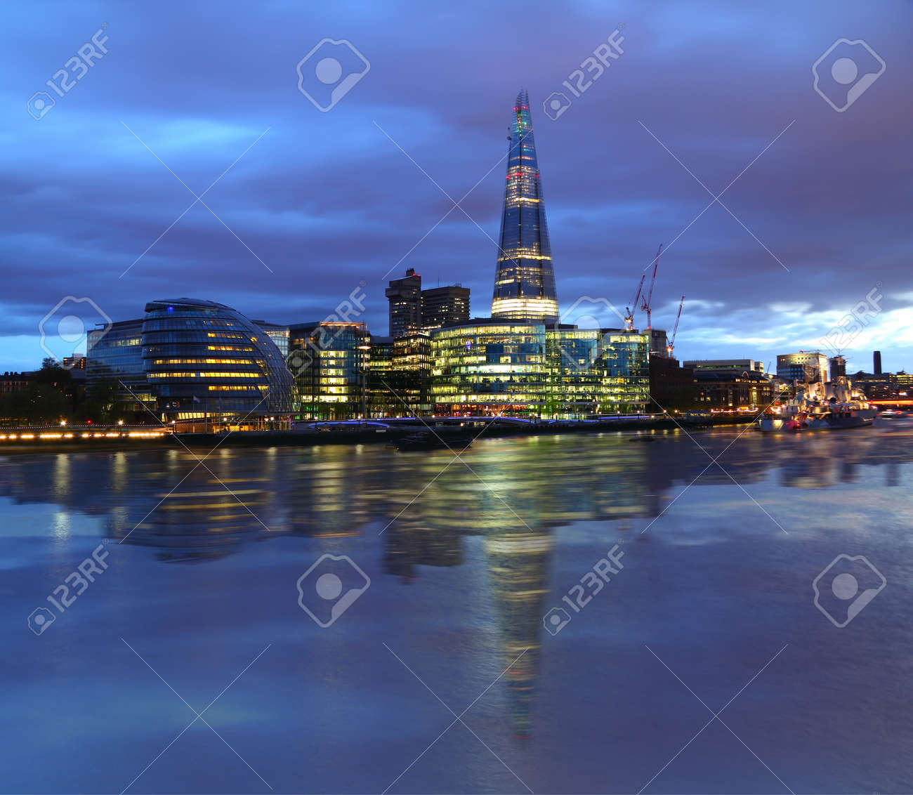 New London city hall at night , panoramic view from river - 16327486