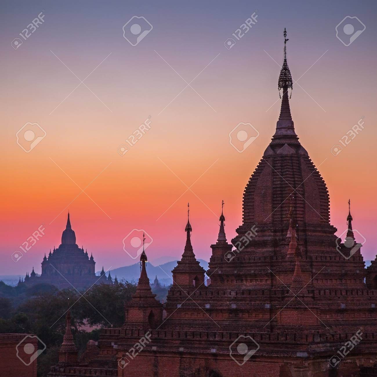 Before sunrise over temples of Bagan in Myanmar Stock Photo - 17706892