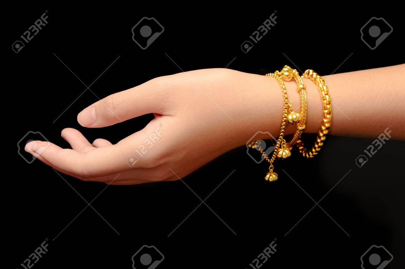 real pin filled gold woman heart bracelet brass women bangle yellow plated for