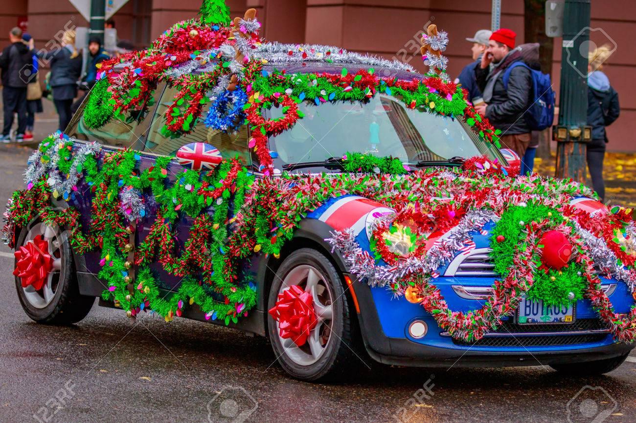 Mini Cooper Usa >> Portland Oregon Usa November 25 2016 Decorated Mini Cooper