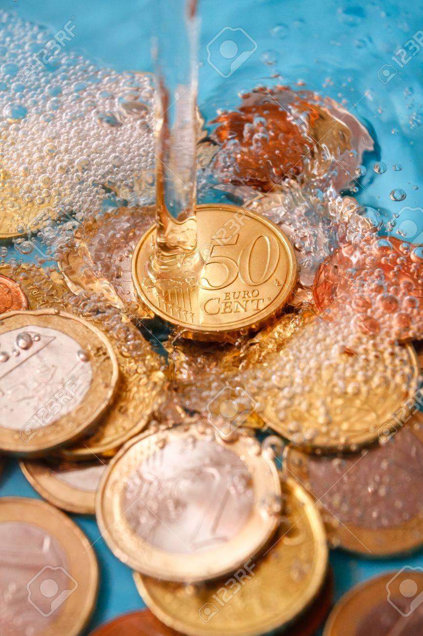 Wasserpreis Konzept Mit Euro Währung Münzen Und Wassertropfen