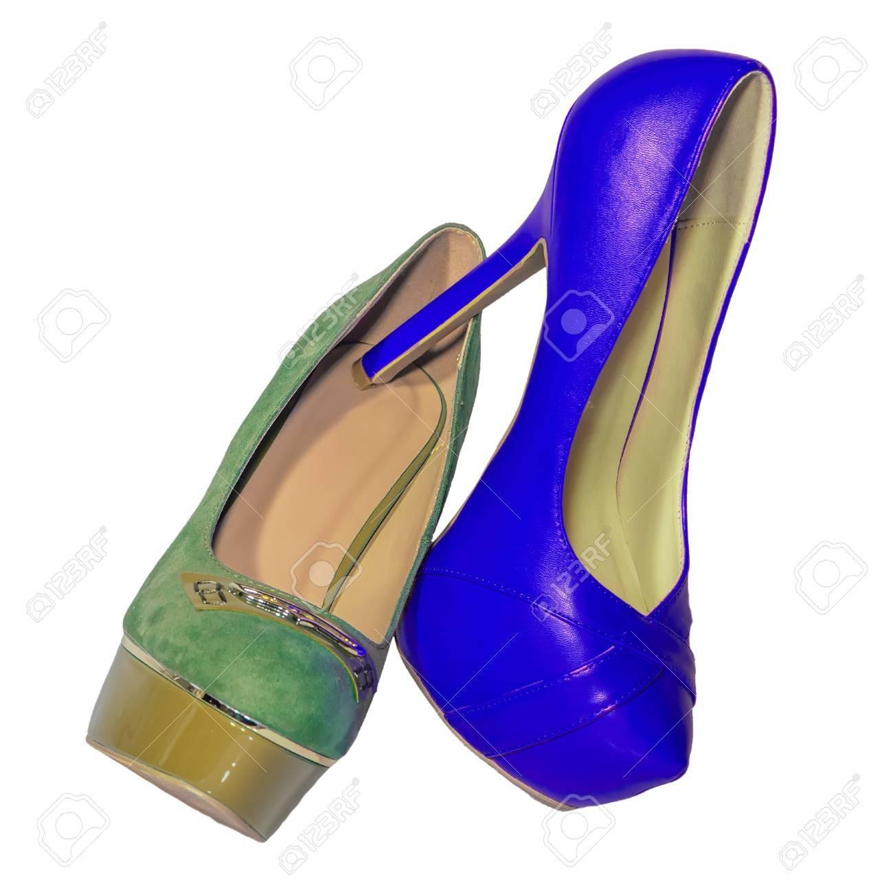 15852d632941 Zapatos de tacón alto para mujer conjunto aislado verde azul de fondo blanco