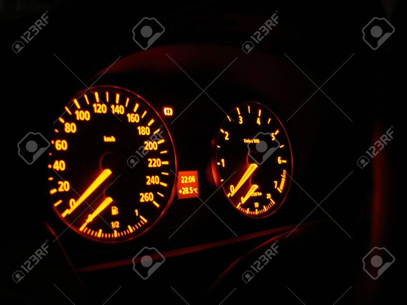 Auto Armaturenbrett Grun Blau Neon Lichtern Lizenzfreie Fotos