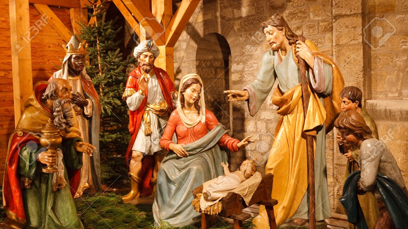 Christmas Nativity Scene with Three Wise Men Presenting Gifts to Baby Jesus, Mary & Joseph. Stock Photo - 6124581