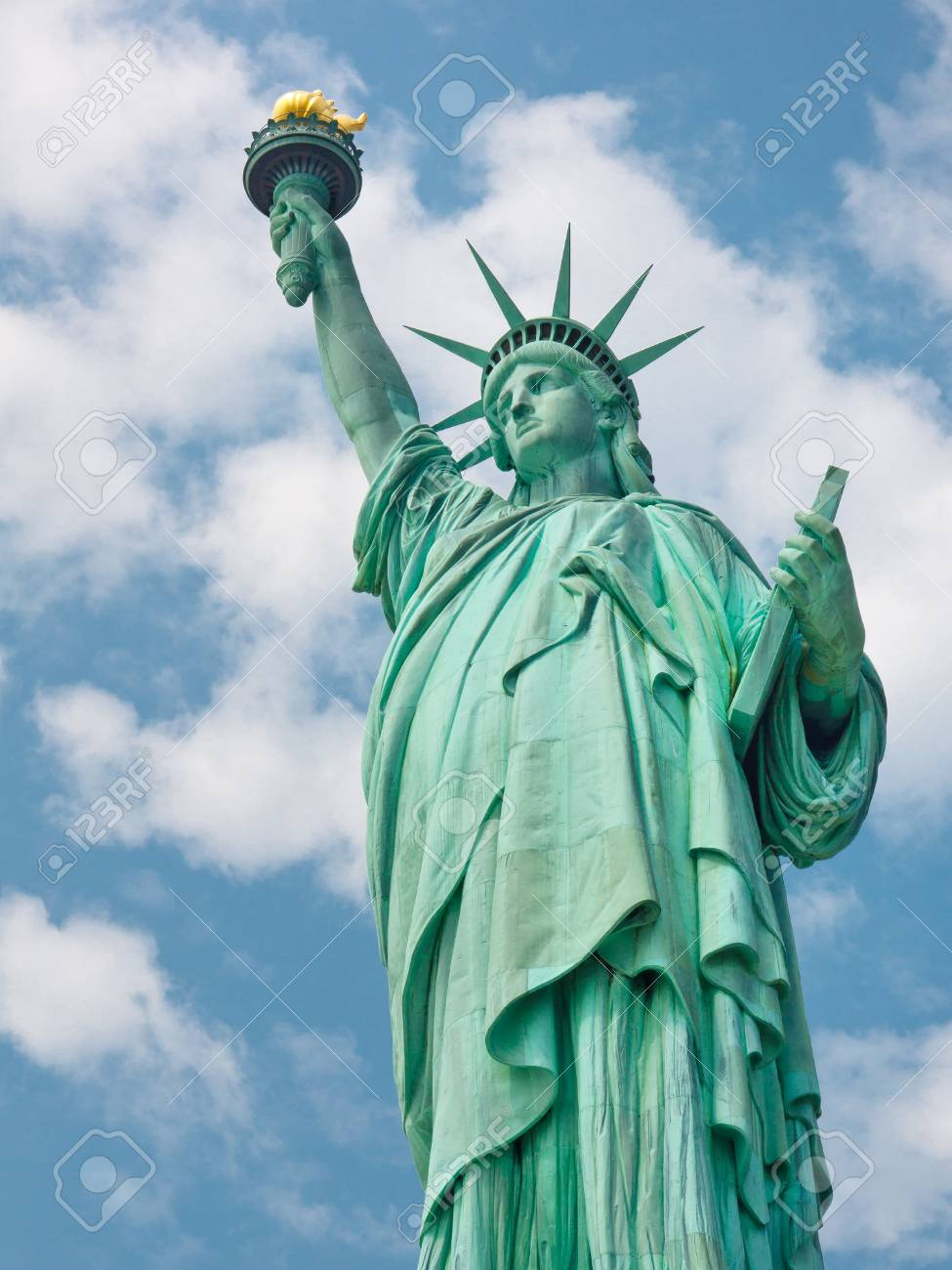 Welcome to the United States - The Statue of Liberty in New York Stock Photo - 19410535