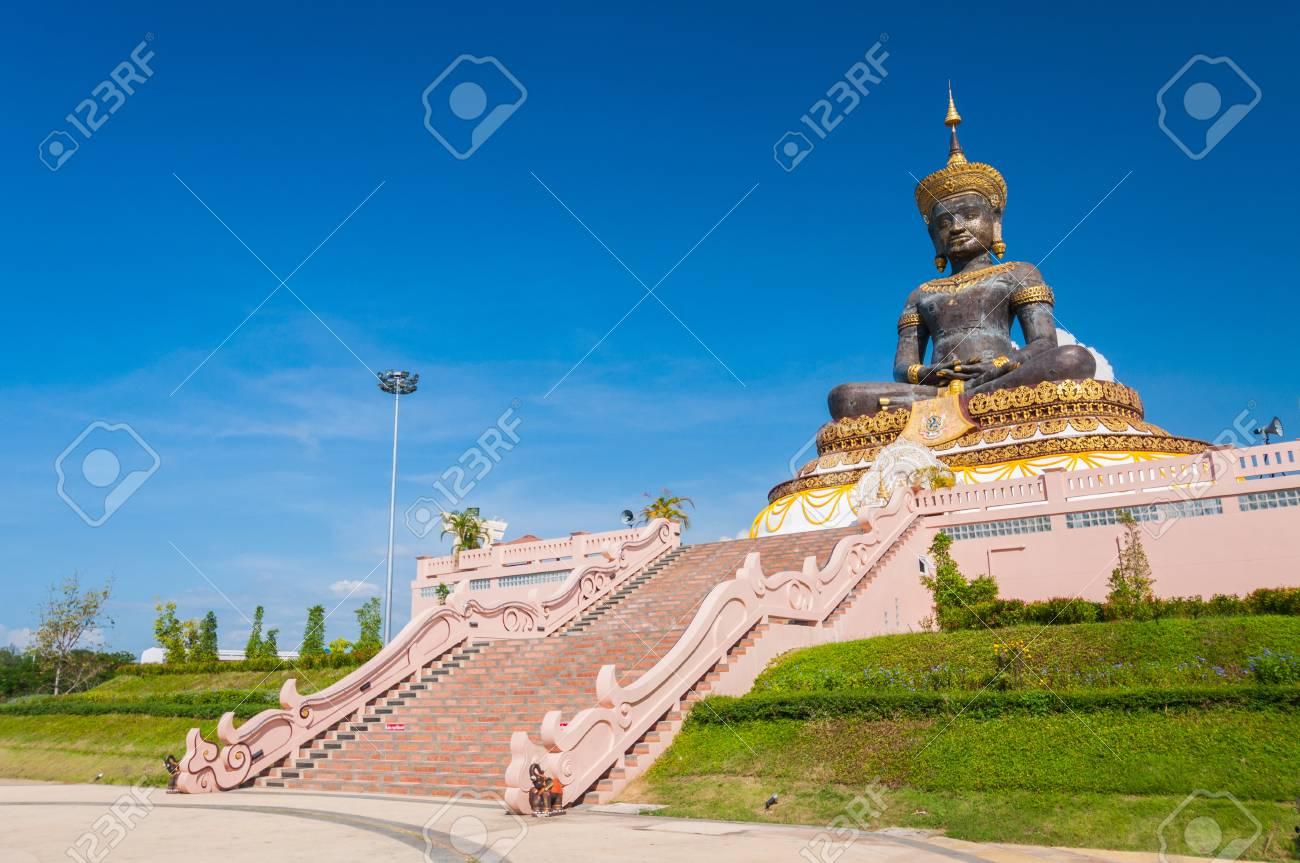 Buddha statue, Phetchabur Thailand Stock Photo - 16457868