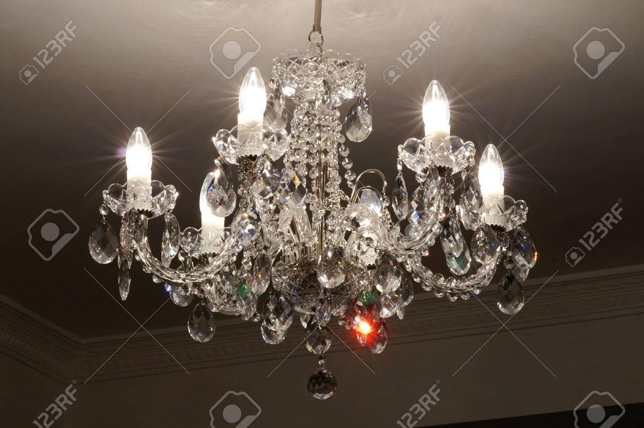 Lampade Cristallo Di Boemia : Più chandlier di cristallo fatto nella zona della boemia foto