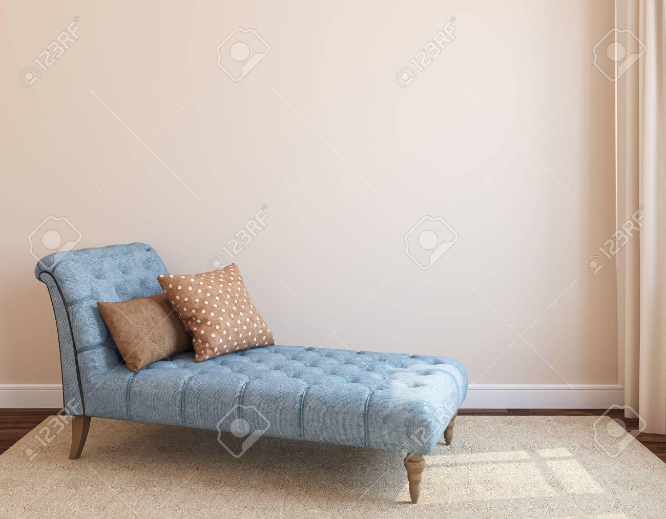 Moderne Wohnzimmer Interieur Mit Weißen Couch In Der Nähe Leer Beige Wand.  3D Darstellung