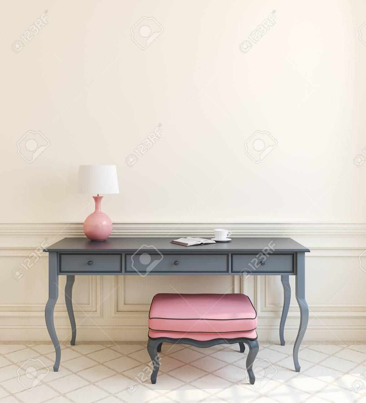 Schöne Moderne Interieur Mit Grau Tisch Und Rosa Ottomane In Der ...