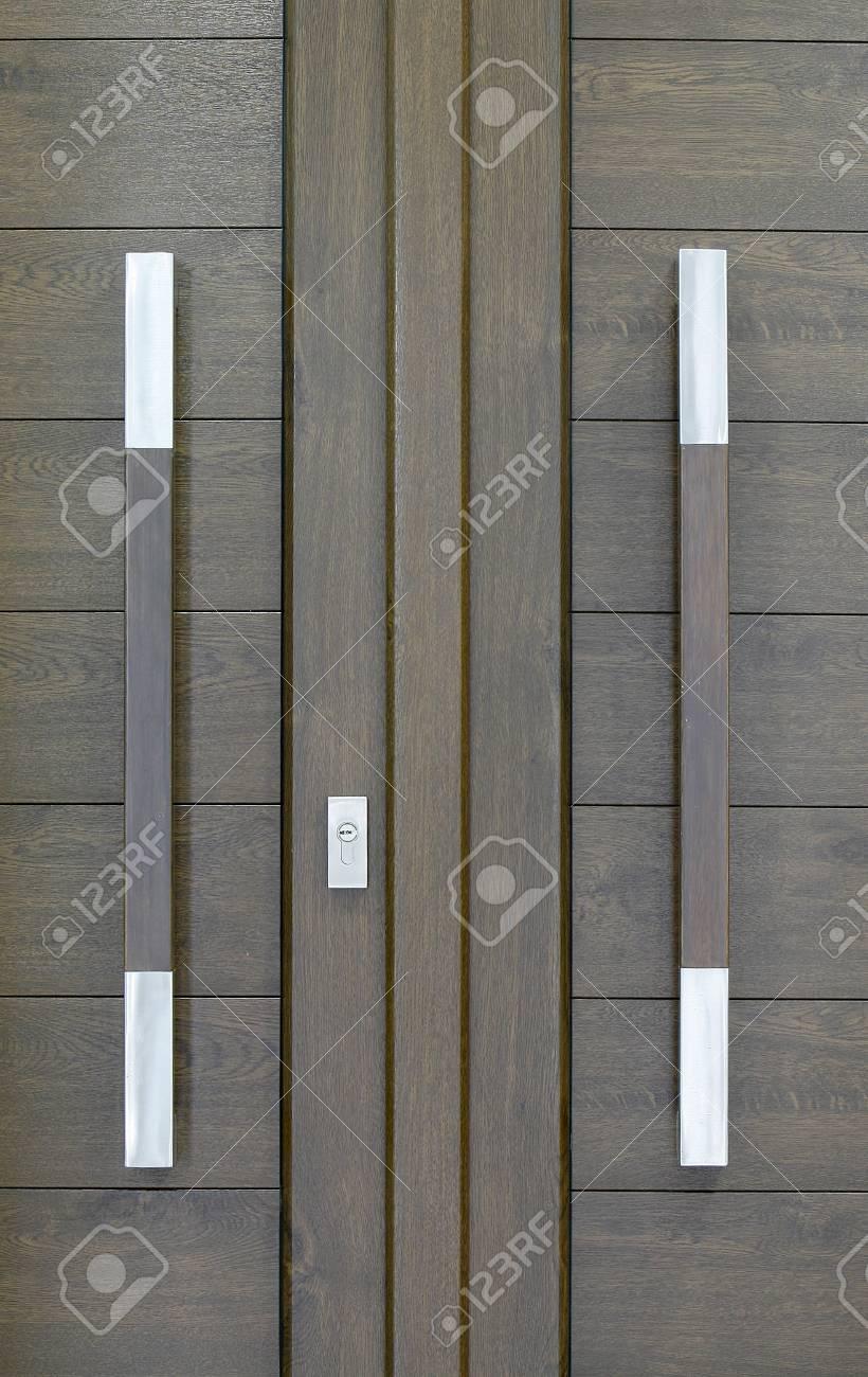 Einen Einfachen Rahmen Mit PVC Braun Tür Lizenzfreie Fotos, Bilder ...