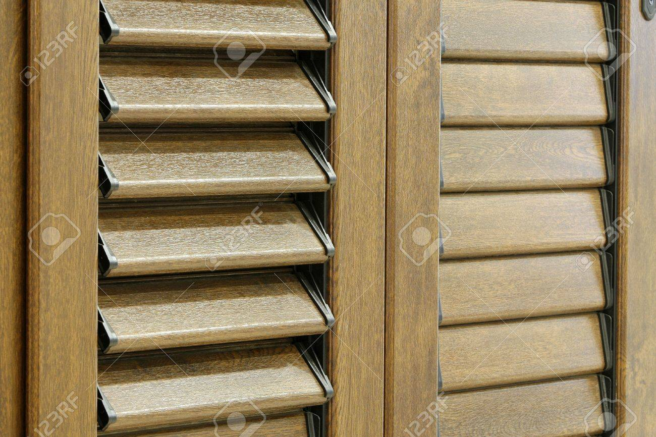 a window detail in a classic house Stock Photo - 4468535