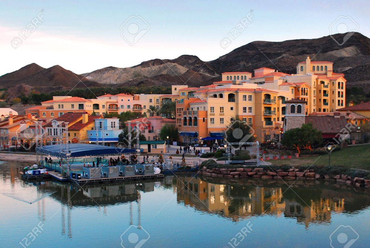 Lake Las Vegas Stock Photo - 11299889