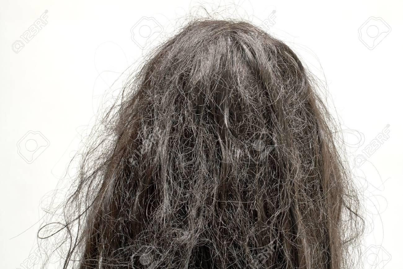 damaged hair - 48120584