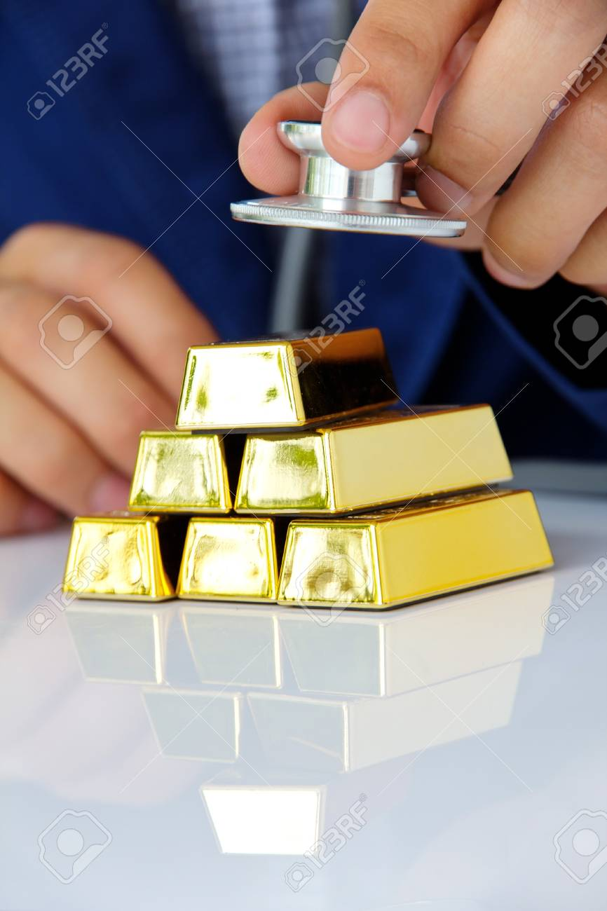 concept image of gold bars Stock Photo - 21954576