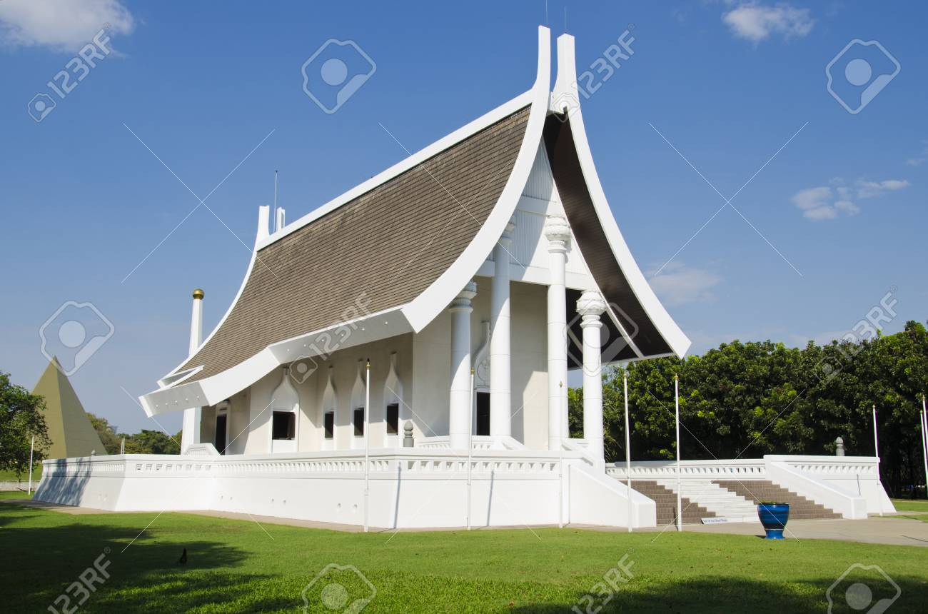Wat Phra Dhammakaya White Modern Temple Thailand Stock Photo