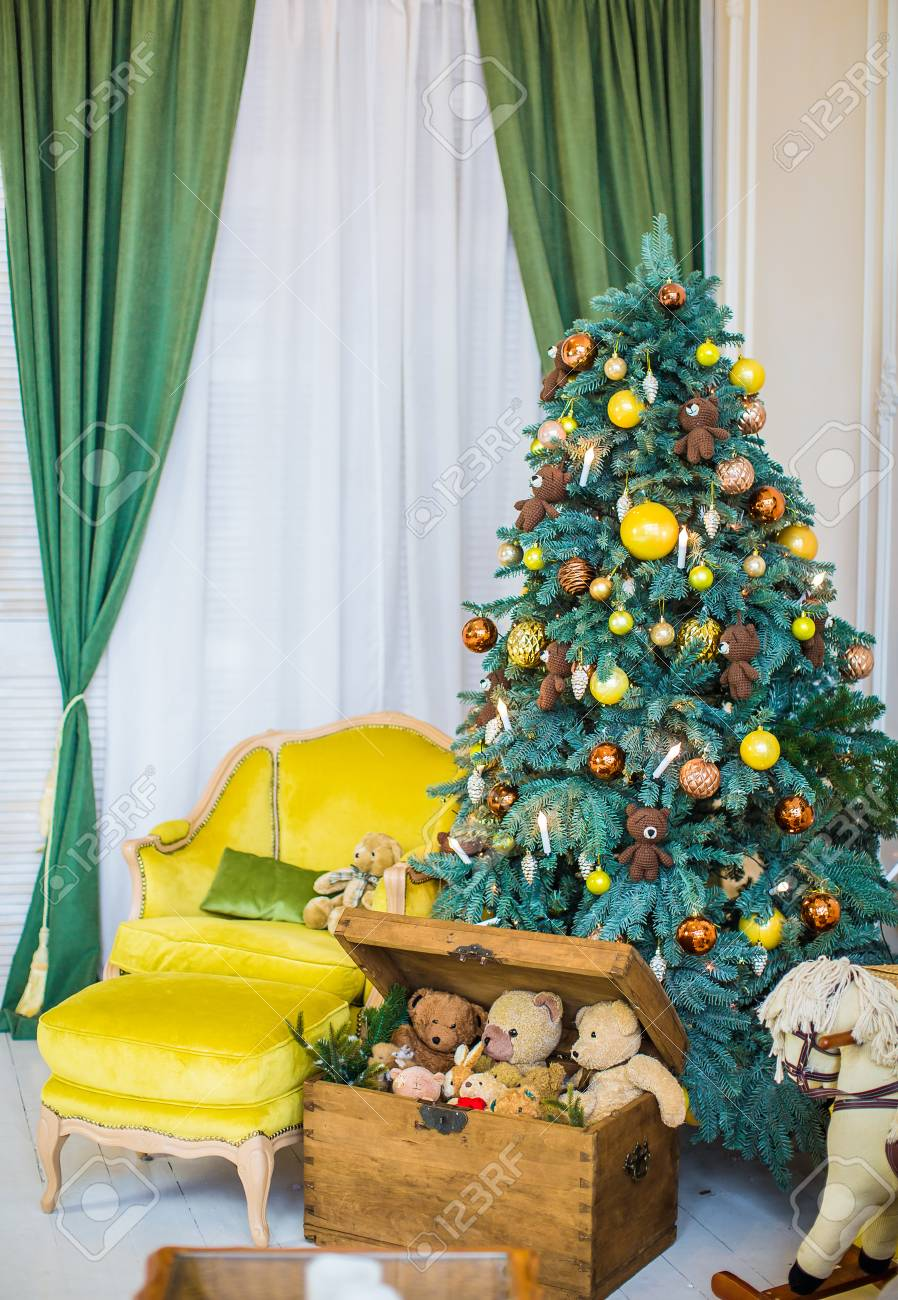 Beautiful Christmas Childrens Room Christmas Tree With Gifts