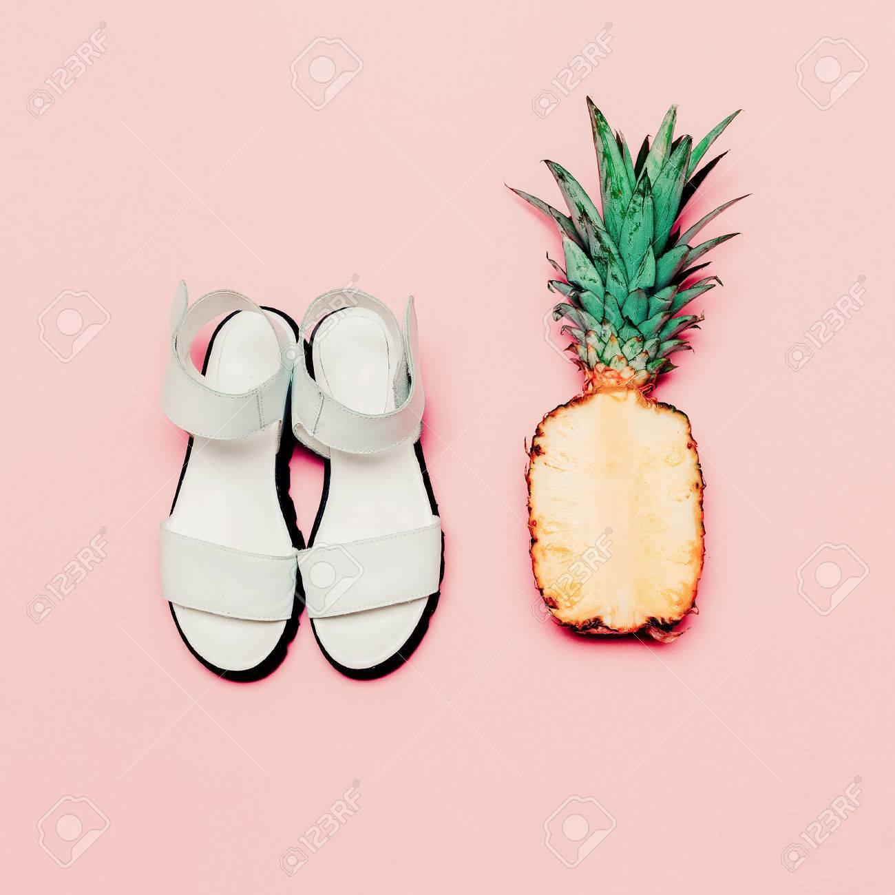 Summer fashion set. Vanilla style pineapple and sandals - 39075367