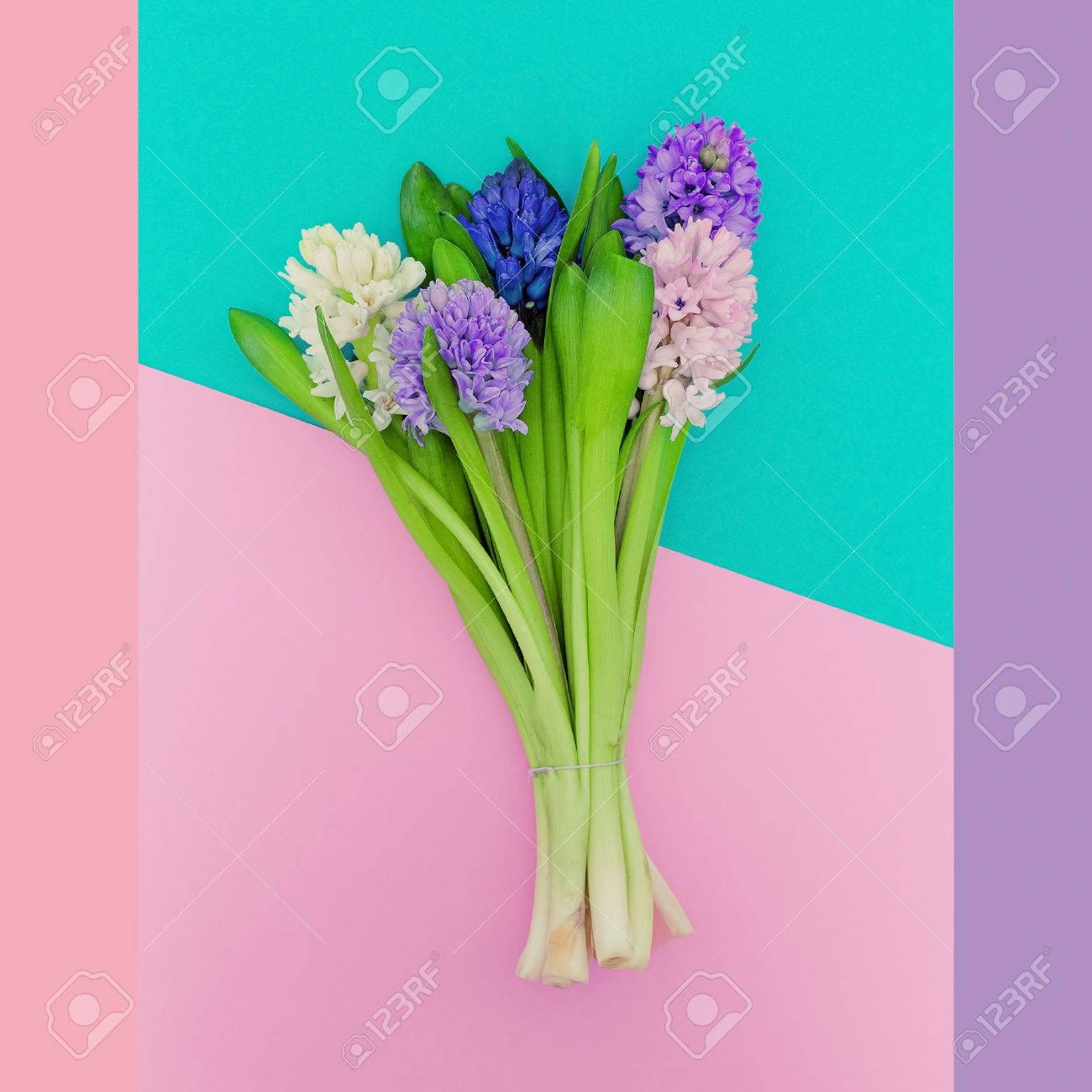 beau bouquet arôme du printemps. mode minimaliste. tendance des