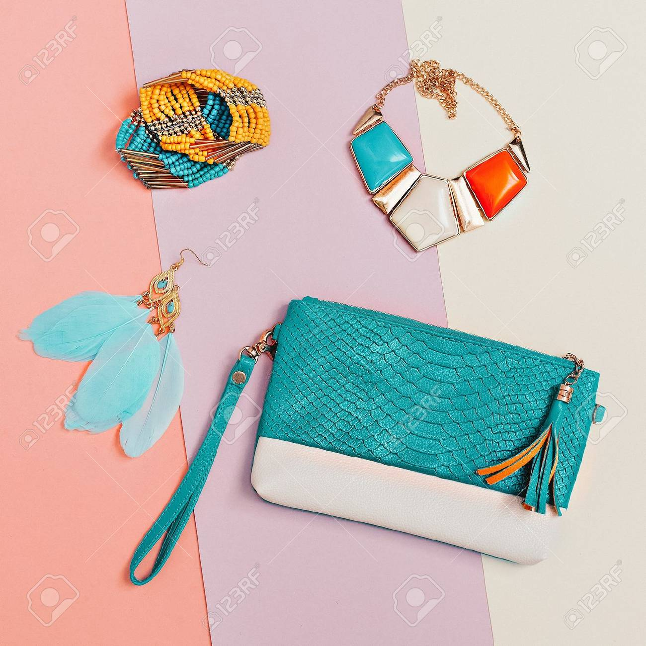 Be stylish. Fashionable Lady's accessories. Necklaces, bracelets, earrings, clutch. Detail fashion - 74135705