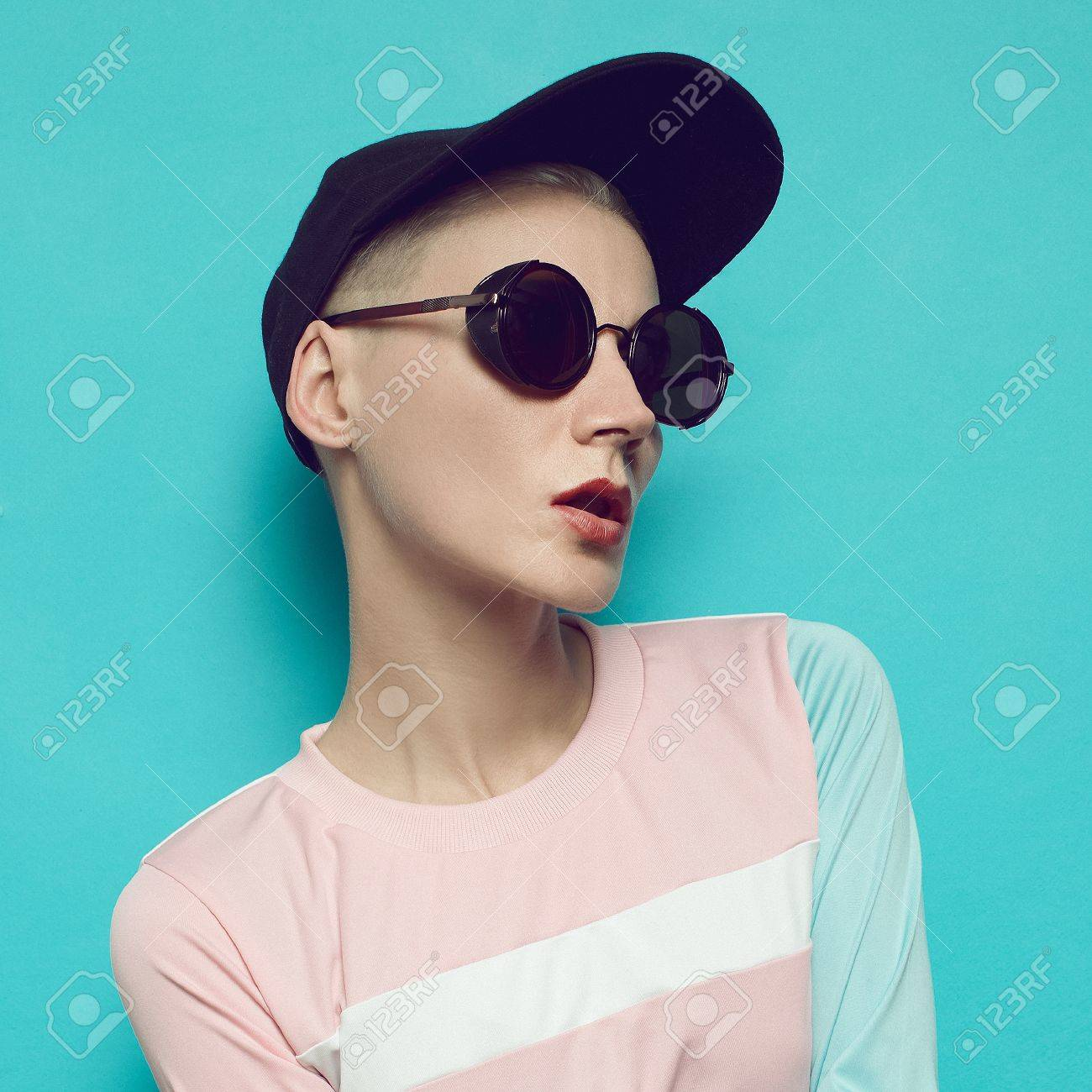 2dc9a92898f8c Banque d images - Style swag hipster