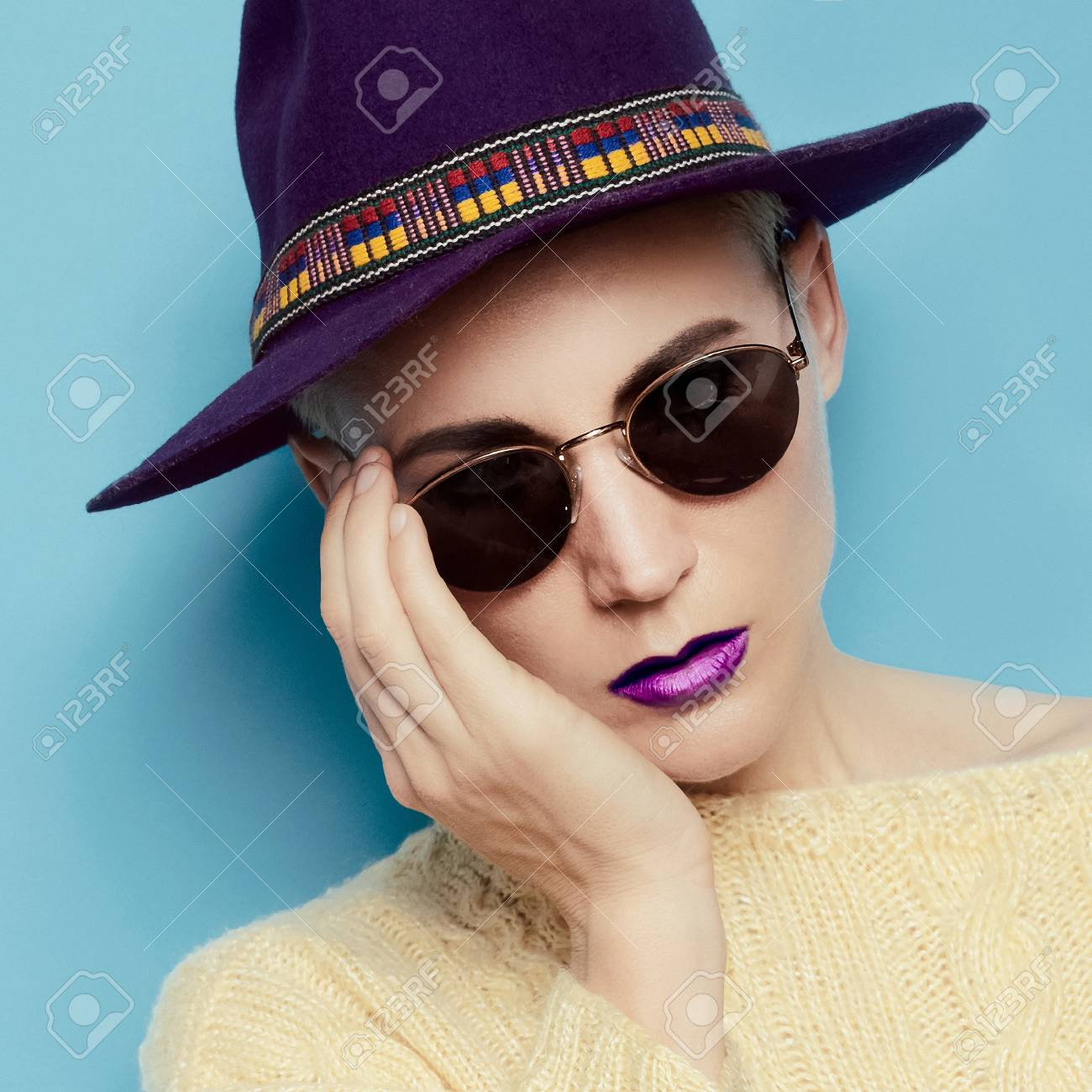 4be82e0aa51f Stylish Model In The Hat Country And Vintage Glasses Stock Photo ...