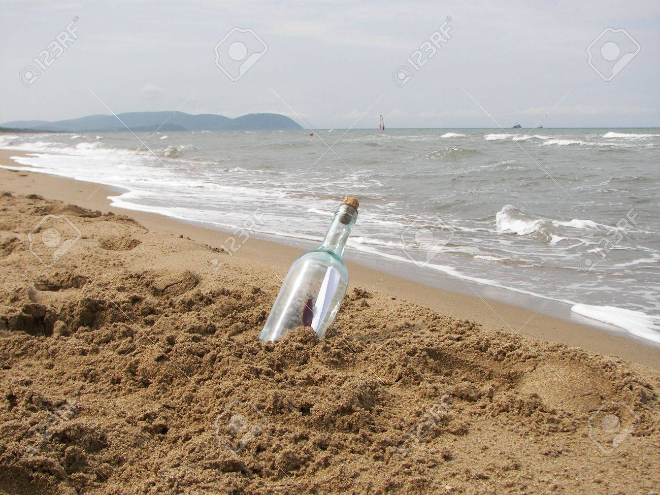 The letter in the bottle Stock Photo - 3169525