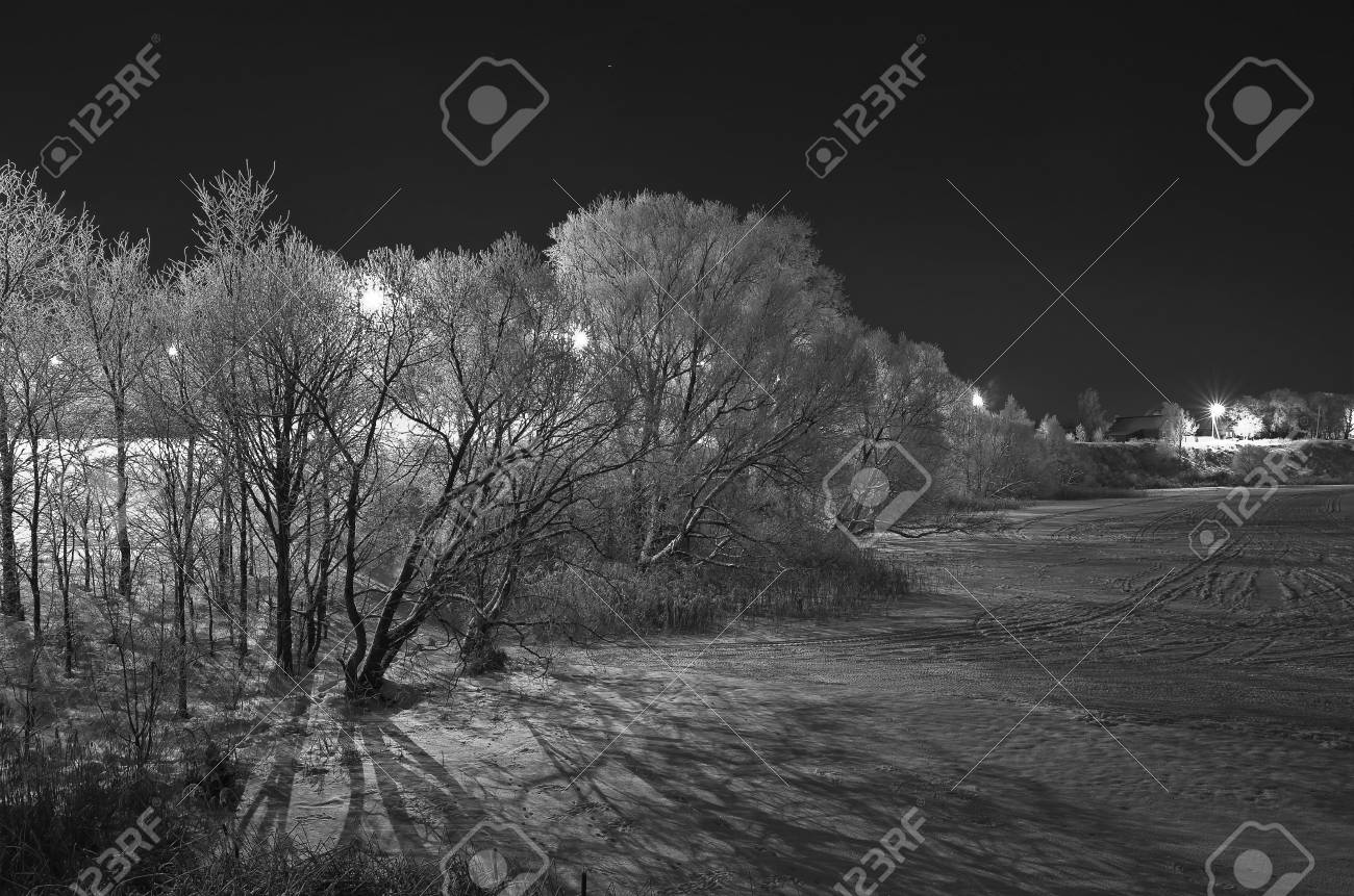 Shores of an icy river at night  Suzdal, Russia Stock Photo - 17888901