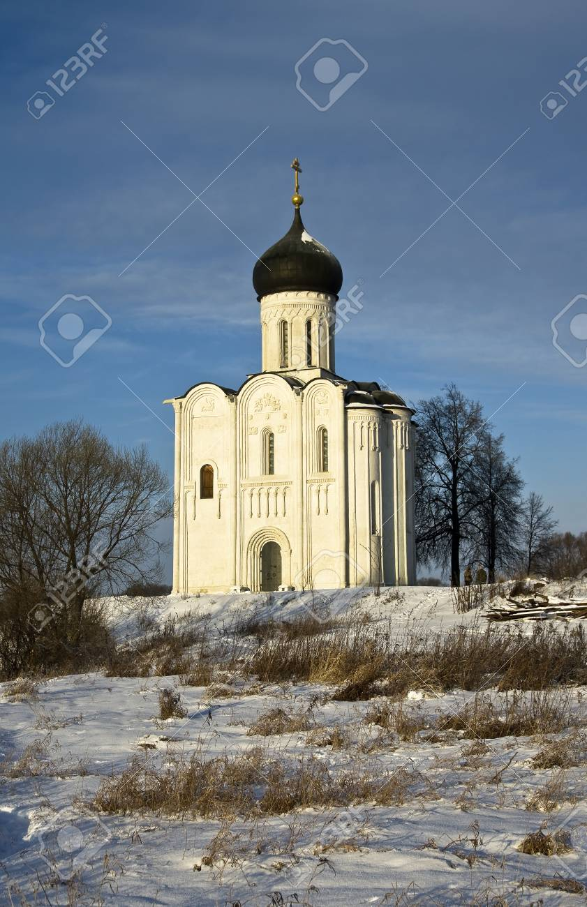 Church of the Intercession on the Nerl - famous example of old russian architecture of 12 century Stock Photo - 17989556