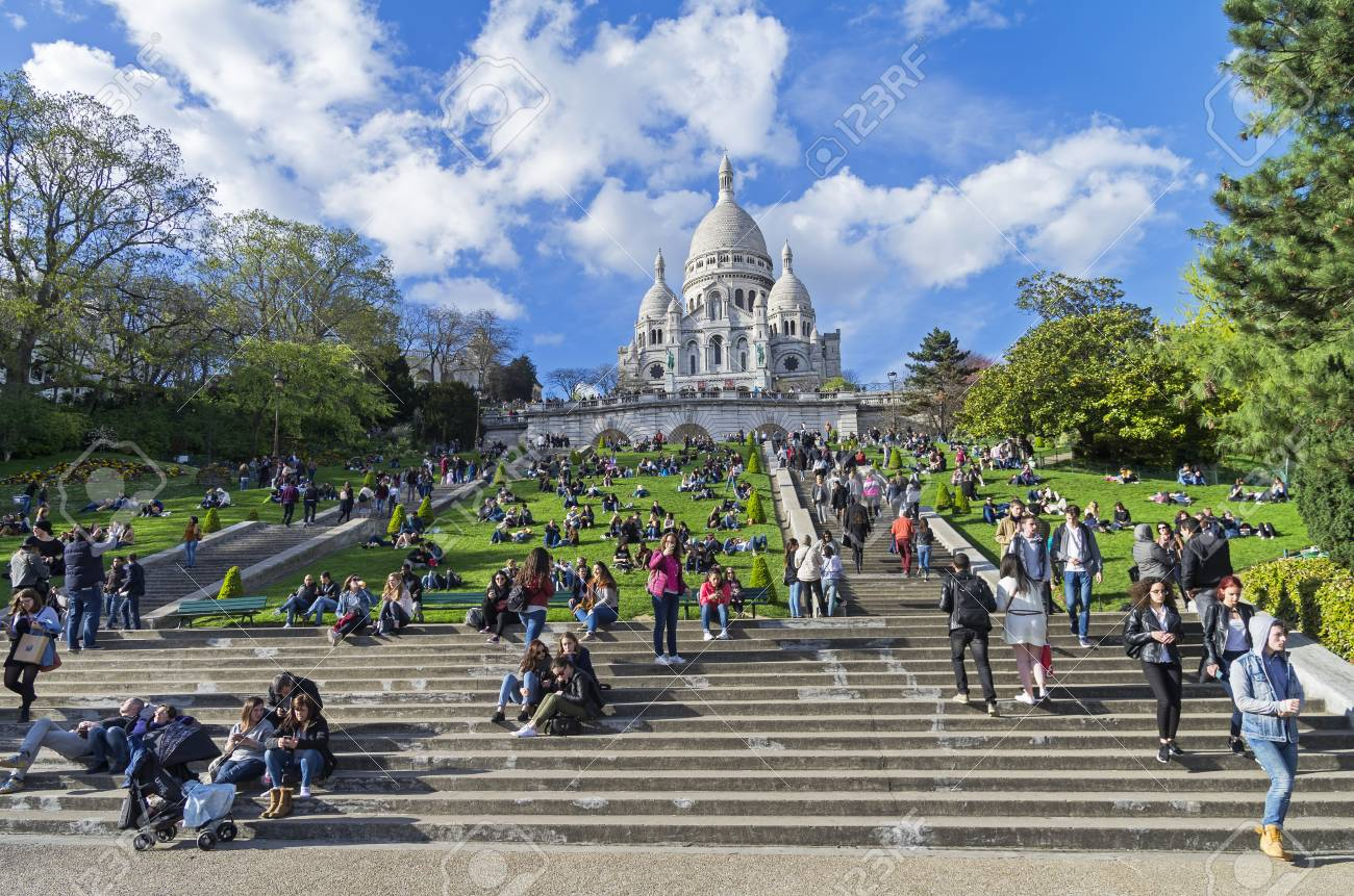 Paris Francia 1 De Abril De 2017 Turistas En La Ladera De