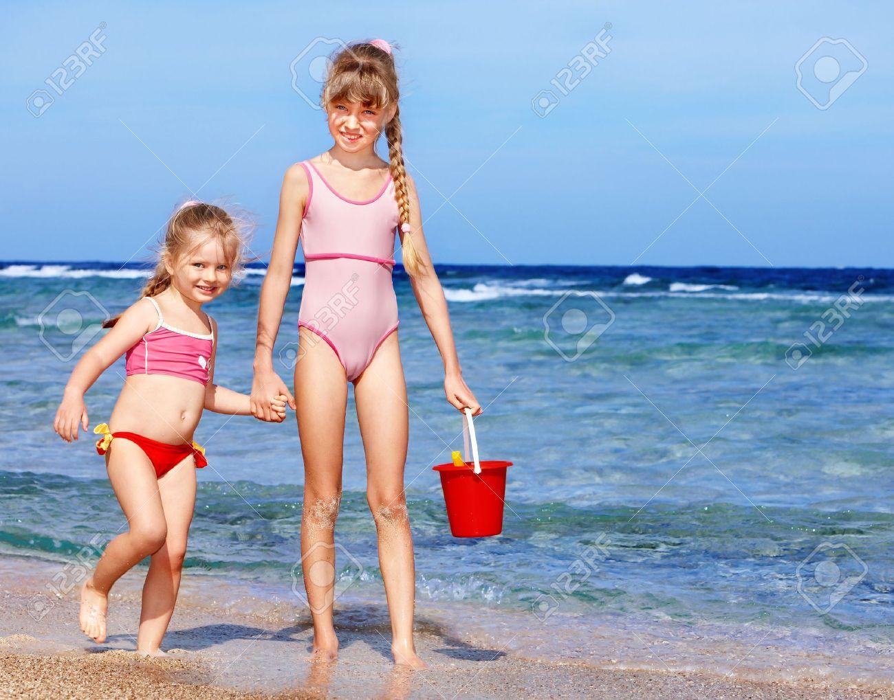Девушки пляже малолетки