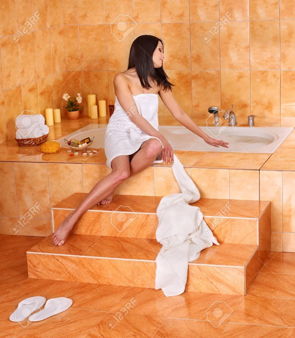Young woman take bubble  bath. Stock Photo - 9620201