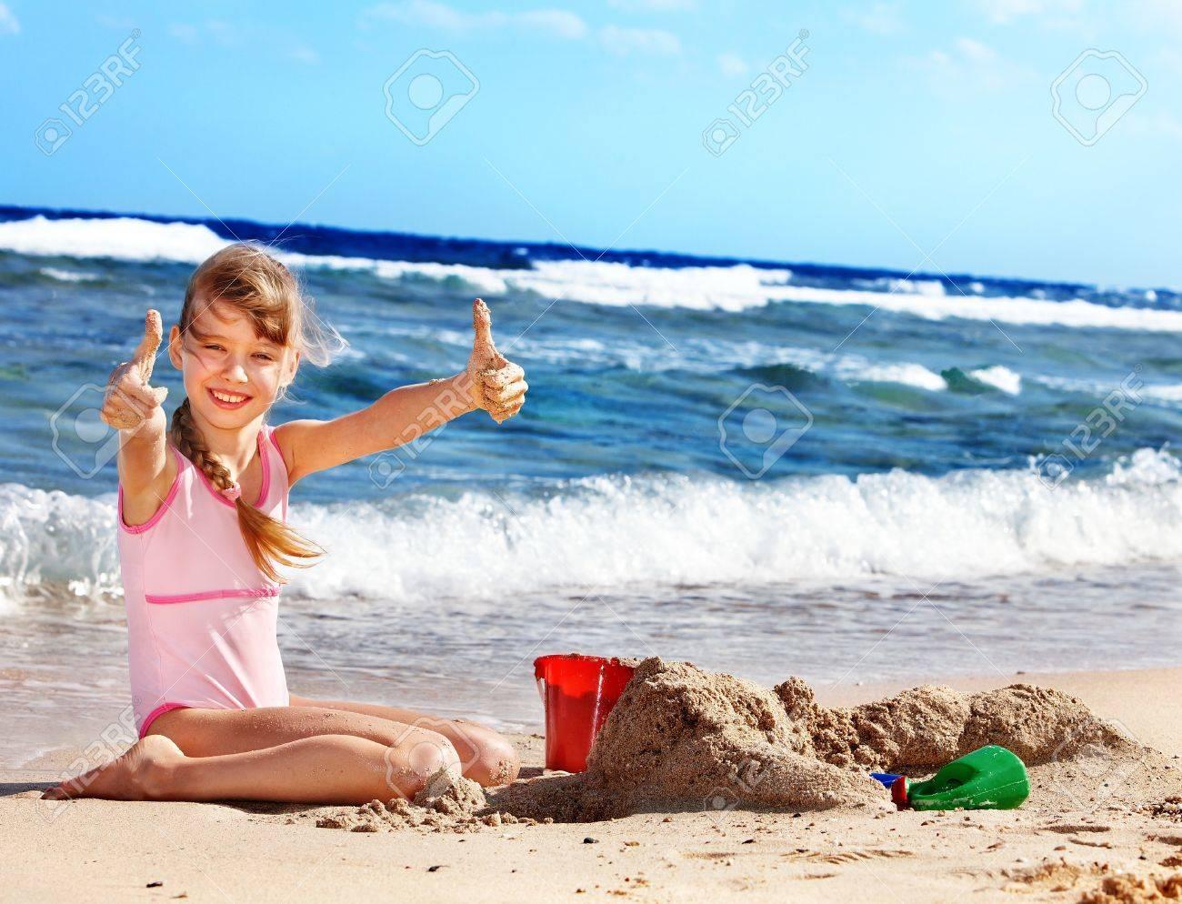 Дети 10 лет на пляже фото