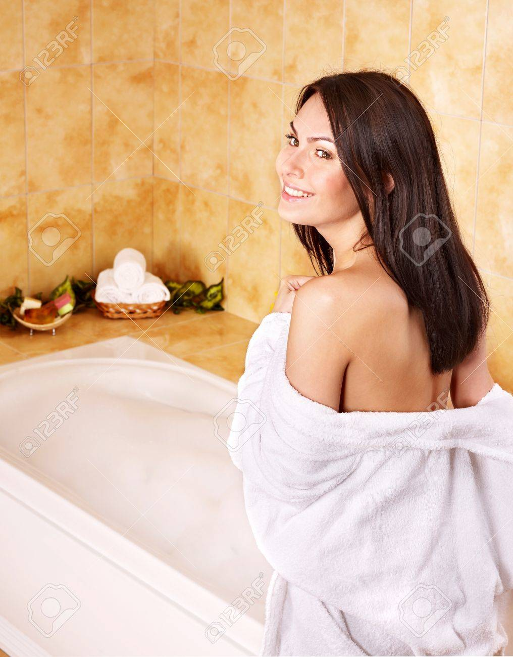 Young woman take bubble  bath. Stock Photo - 10701573