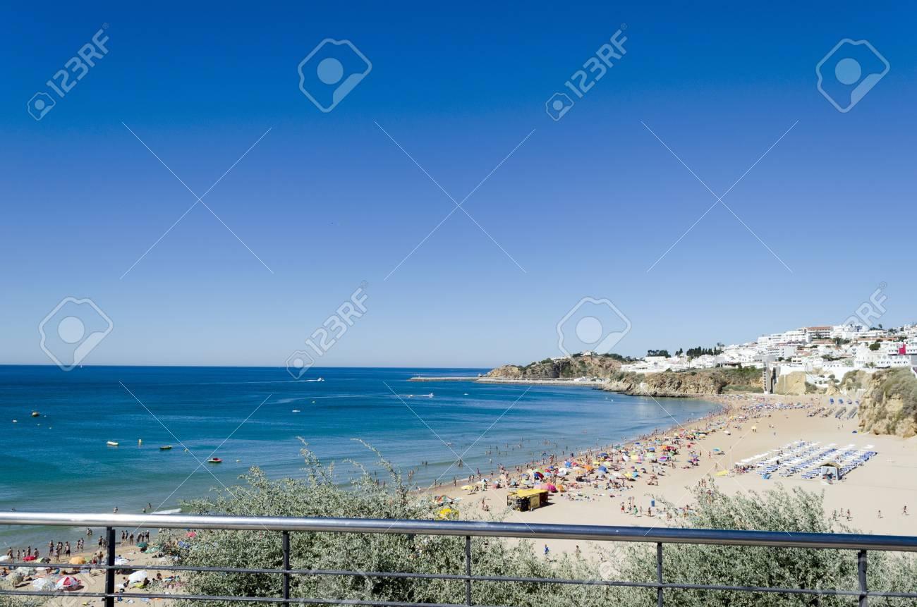 The beach in Albufeira, Algarve, Portugal Stock Photo - 21948651