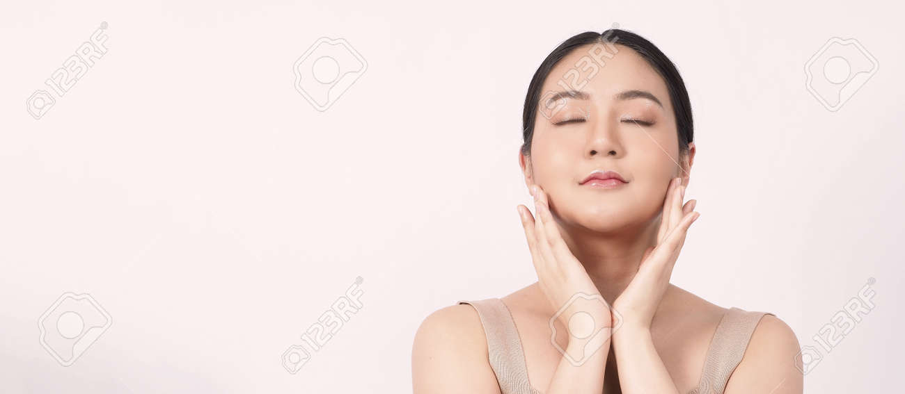 Beauty skin. makeup concept. Young pretty woman black hair and beauty face make up for skincare cosmetic. Showing delicate soft and firm and ageless facial skin. Oil type skin. Close up facial. beauty shot. - 168771737