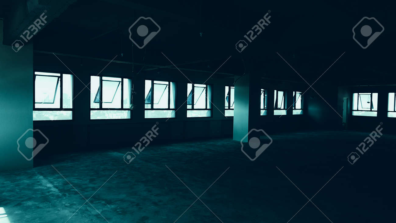 Bankrupt Office. Workplace without desk and people. Business office is closed. bankrupt business due to the effect of Coronavirus or COVID-19 pandemic. No rental office space. Empty and abandoned. - 169136773