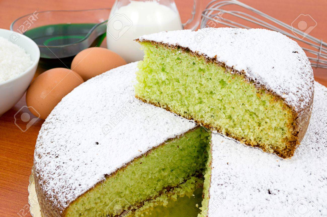 mint and coconut cake Stock Photo - 12714762