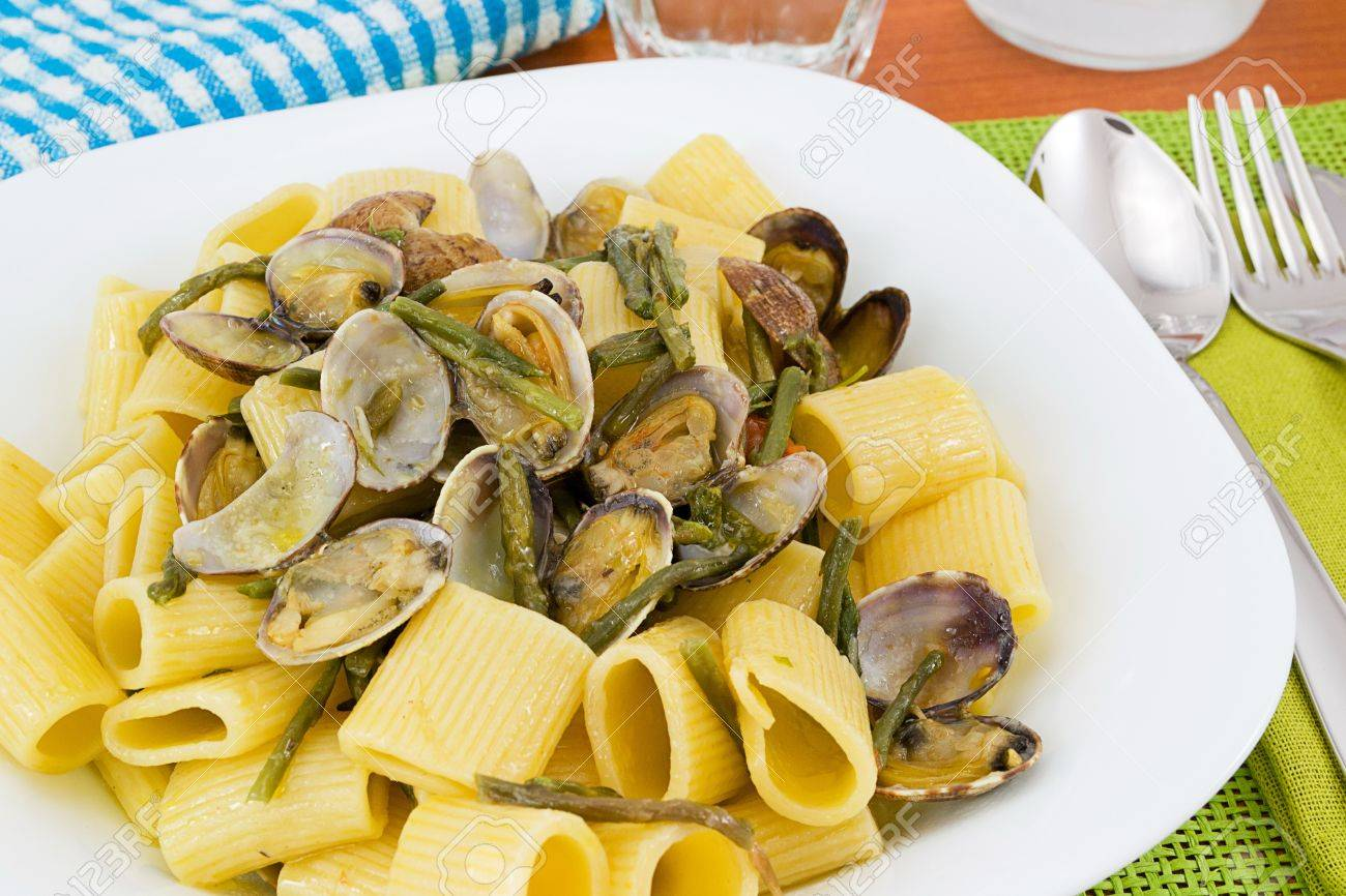 short sleeves with clams and asparagus - 13100538
