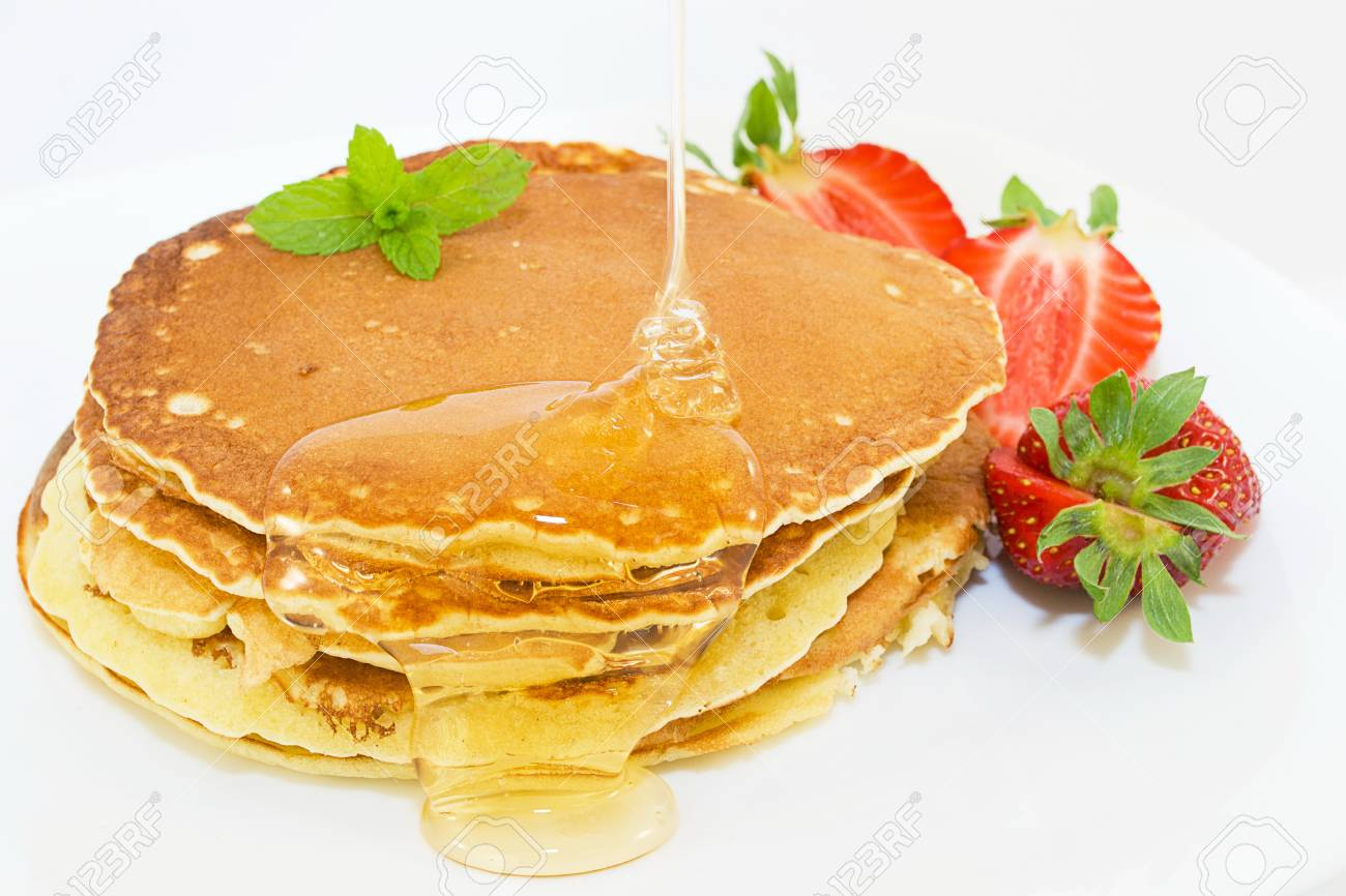pancakes with syrup - 13872951