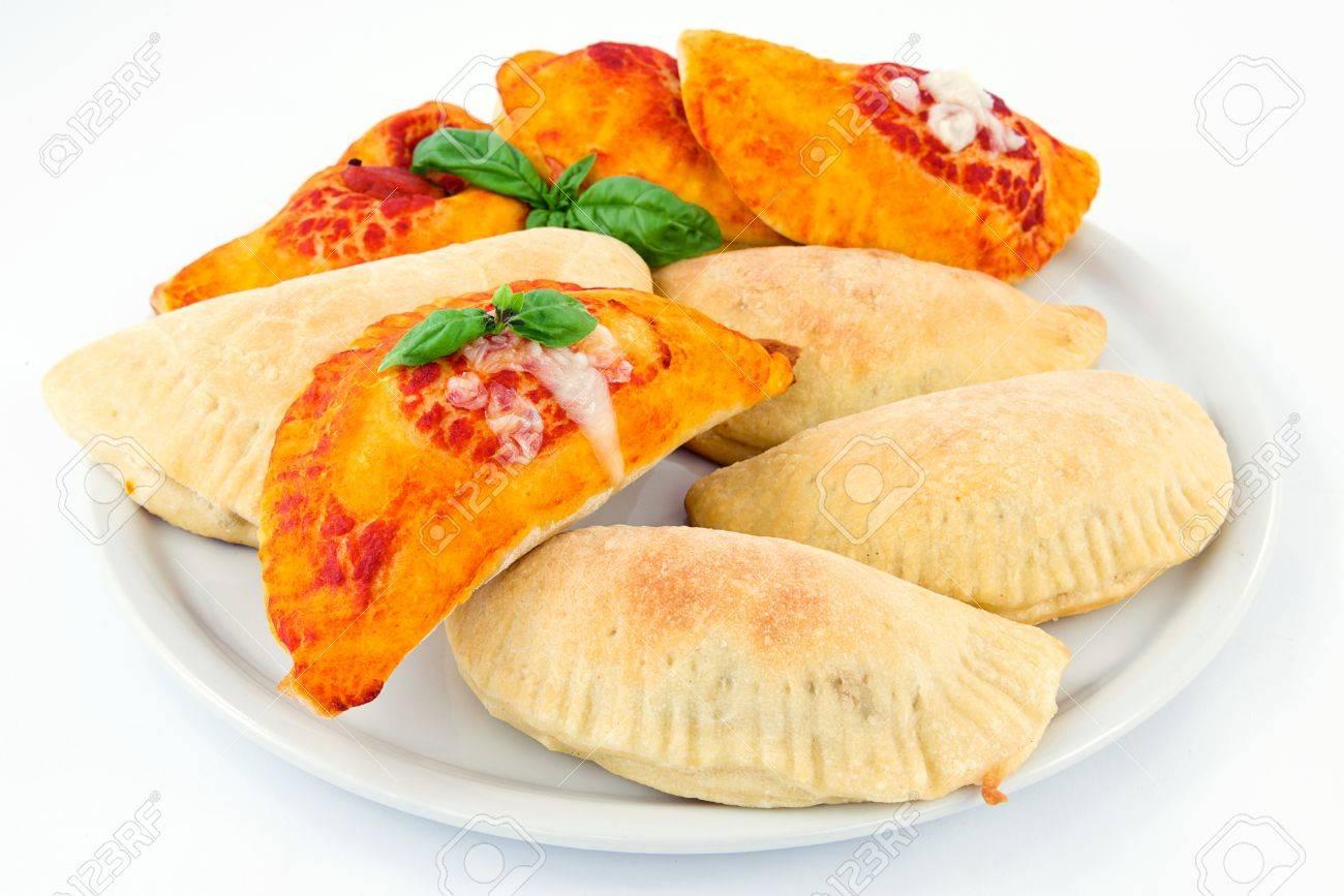 calzone stuffed - 13984257