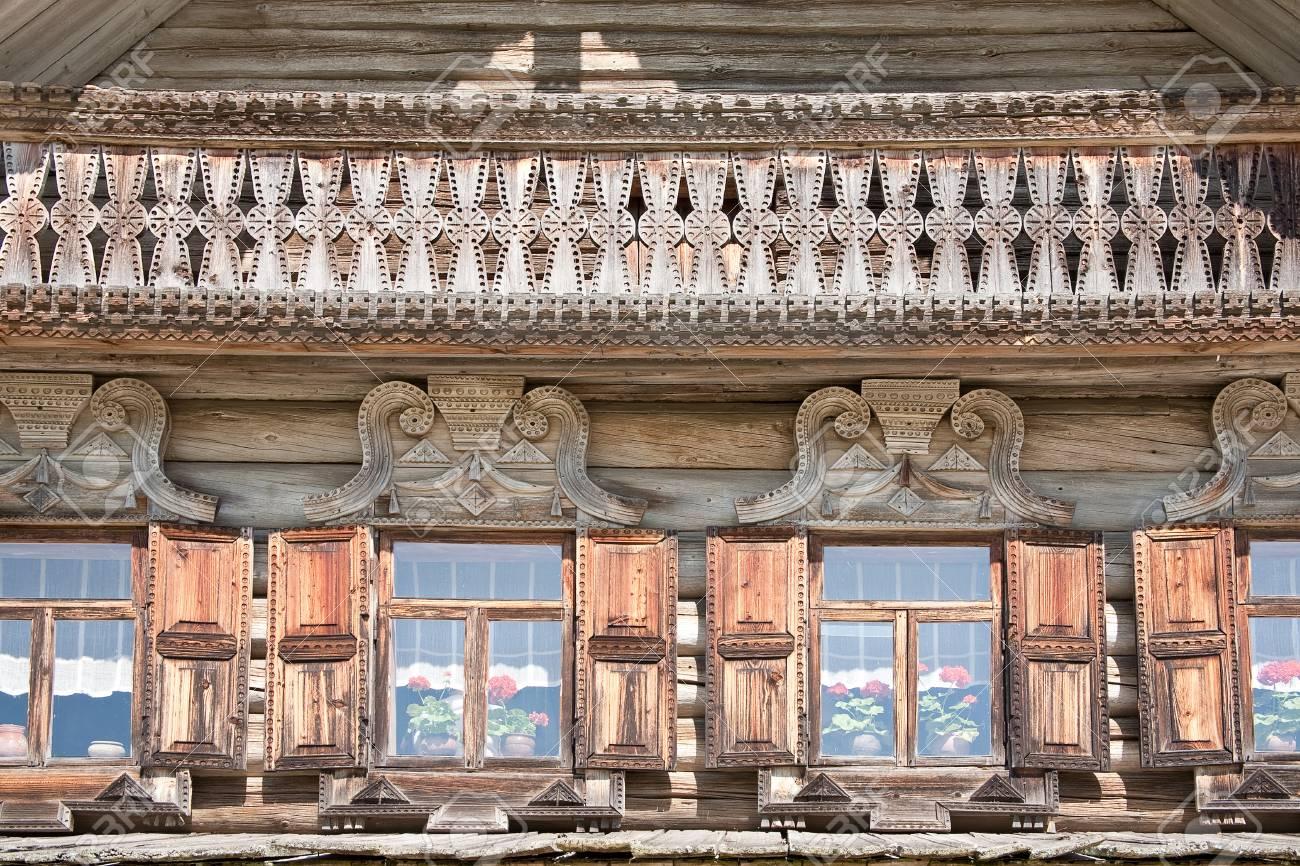 Gevel van het oude huis royalty vrije foto plaatjes beelden en
